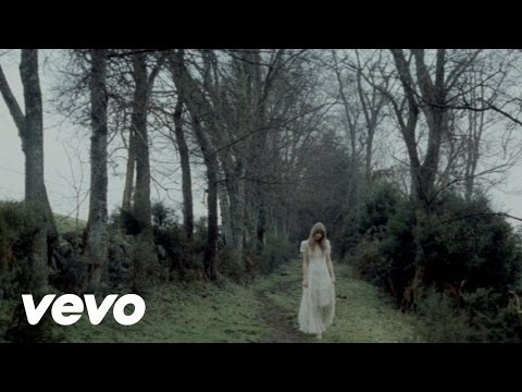 Taylor Swift: Safe and Sound