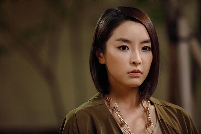 Jung Yoo Mi (1984)