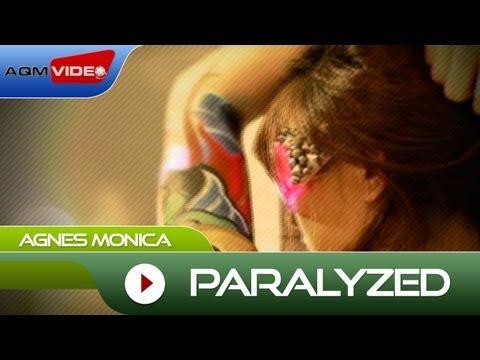"AgnezMo: Paralyzed"""