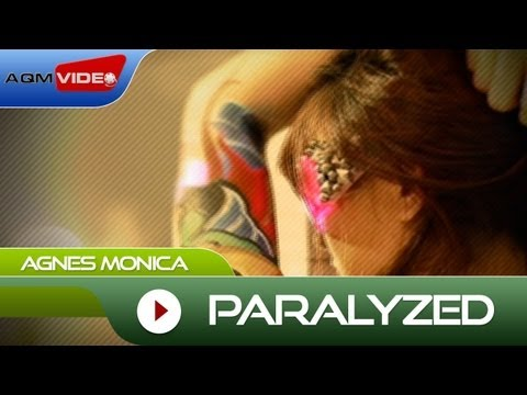 AgnezMo: Paralyzed""