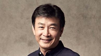 Kil Yong Woo