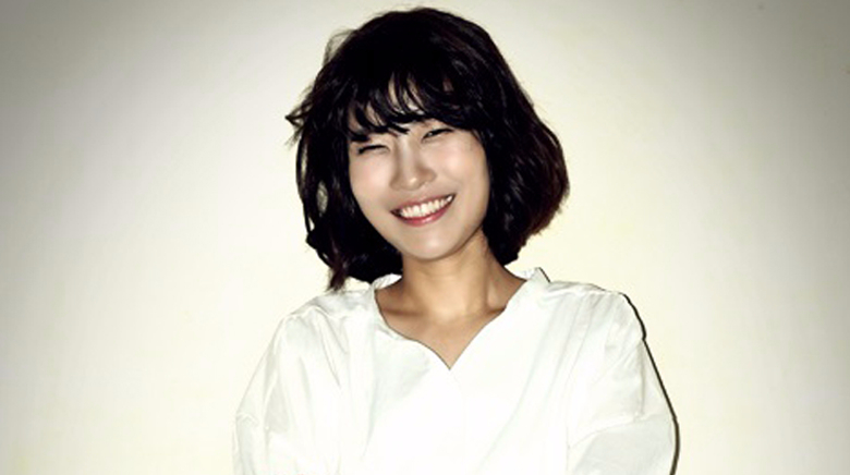 Lee Se Young (1989)
