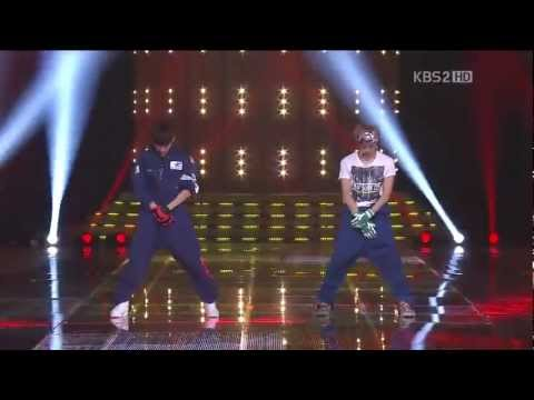 Look Back At Me (Live): Infinite H