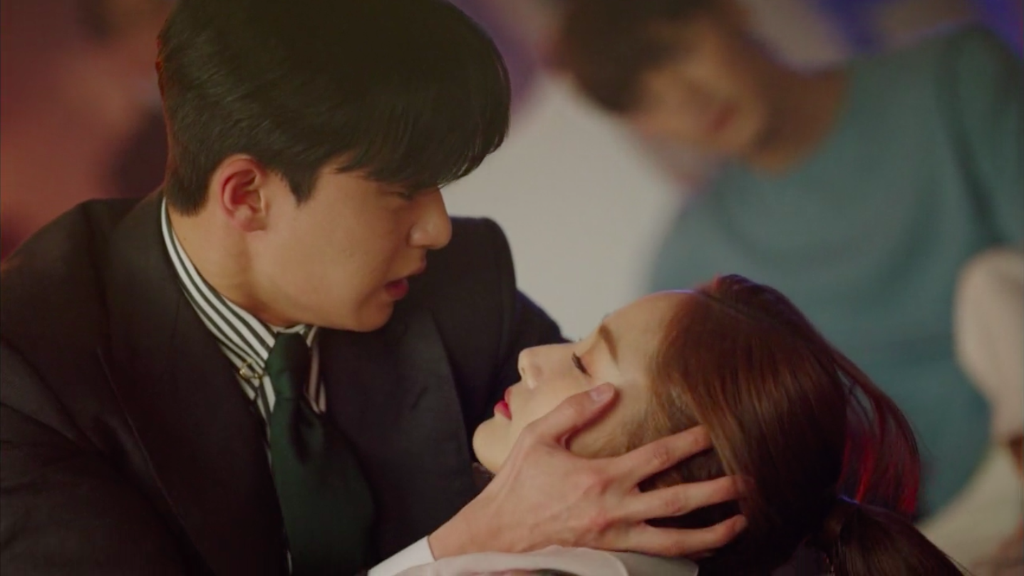 What's Wrong With Secretary Kim Episode 10