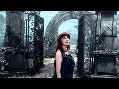 2NE1: PARK BOM - Don't Cry