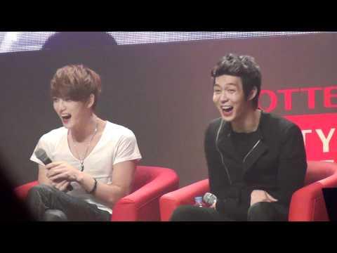 20120114 LOTTE DFS JYJ in STAR AVENUE: JYJ (Jaejoong, Yoochun, Junsu)