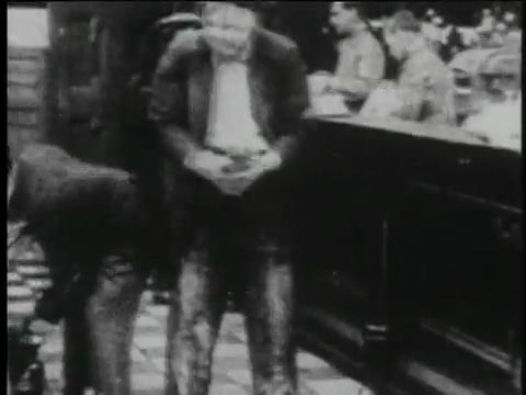 Charlie Chaplin Episode 6: Charlot Est Trop Galant