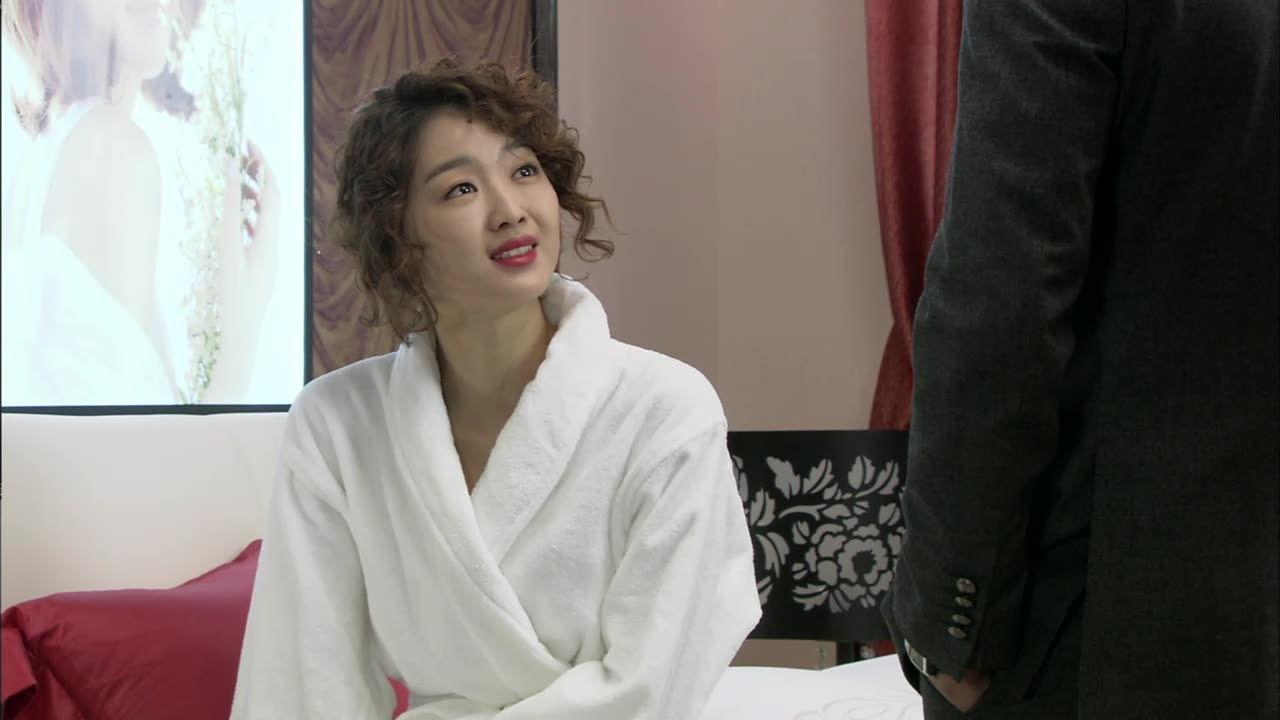 The Woman Who Married Three Times Episode 6