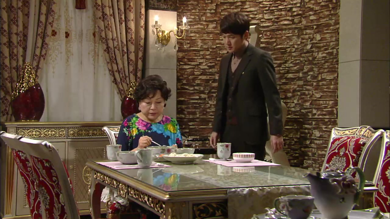 The Woman Who Married Three Times Episode 14