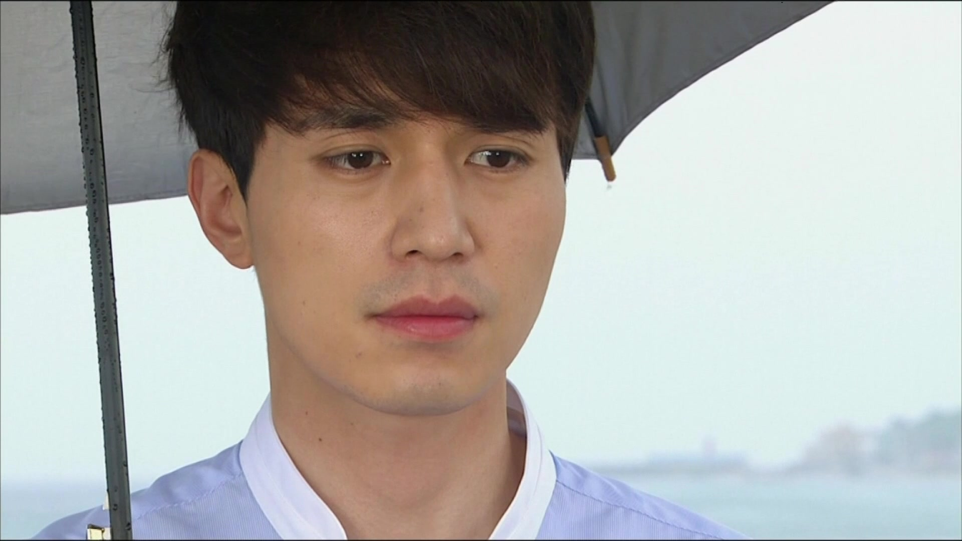 Hotel King Episode 32