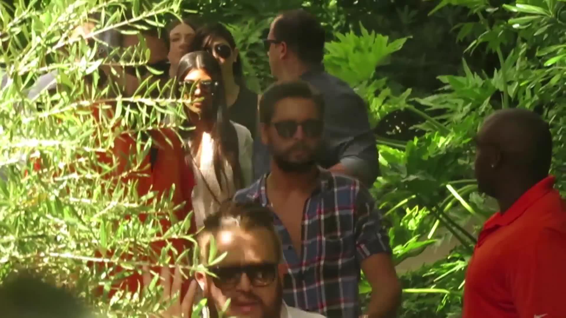 Kourtney Kardashian Splits With Scott Disick