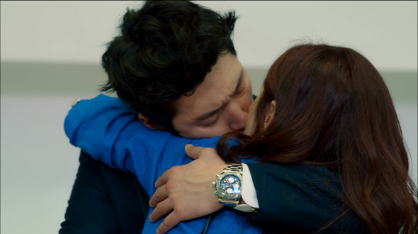 Mi Young and Gun kiss and make up: Fated to Love You ...  Mi Young and Gu...