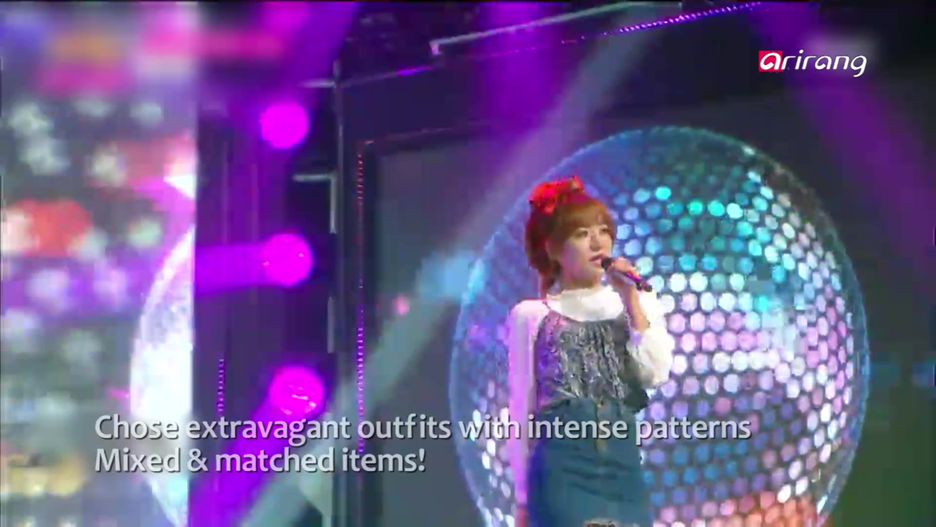 Stars' Retro Fashion Styles