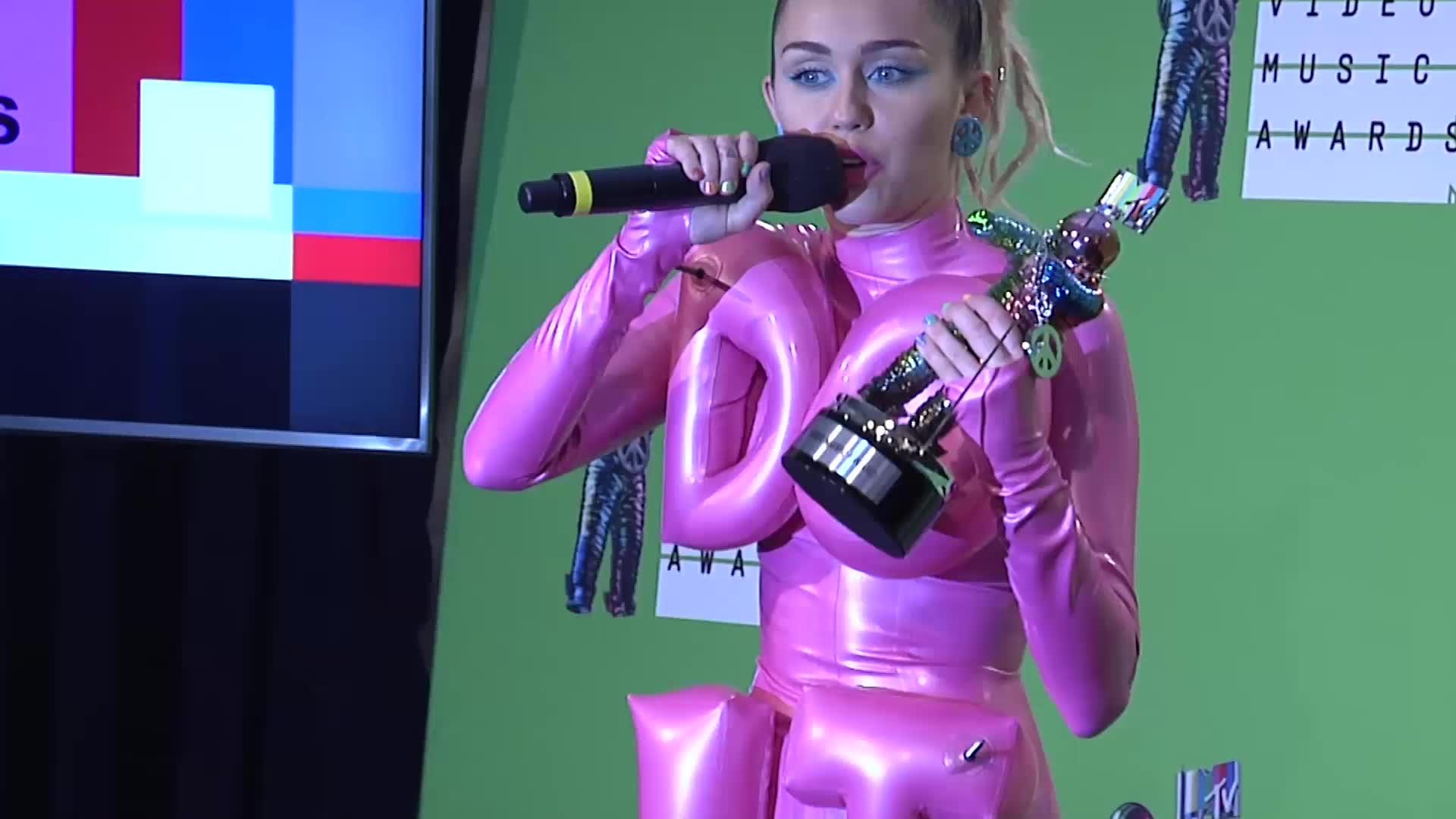 Miley Cyrus Shares Weed and Avocados With Reporters