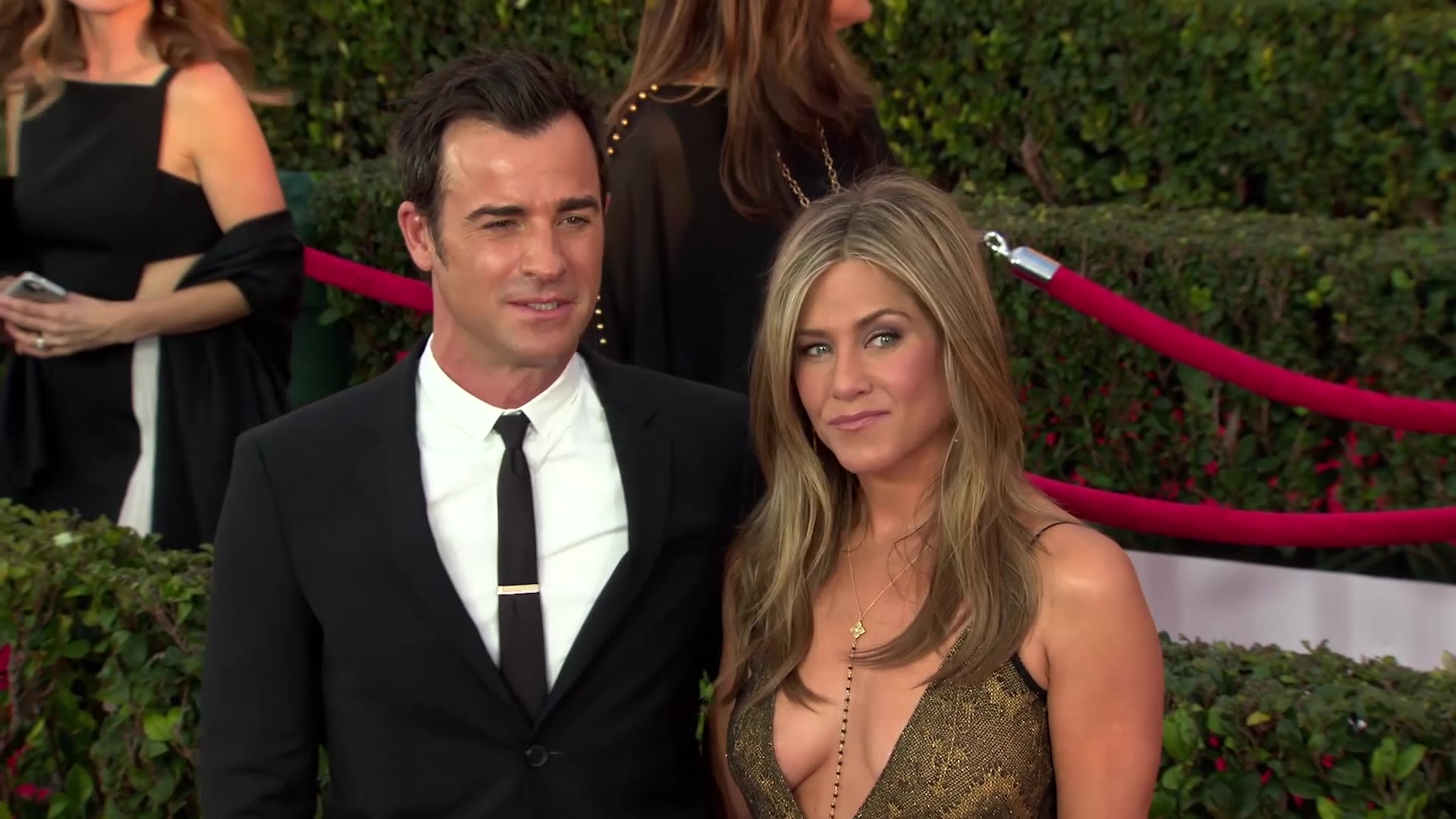 Jennifer Aniston Approves of Sandra Bullock's New Man