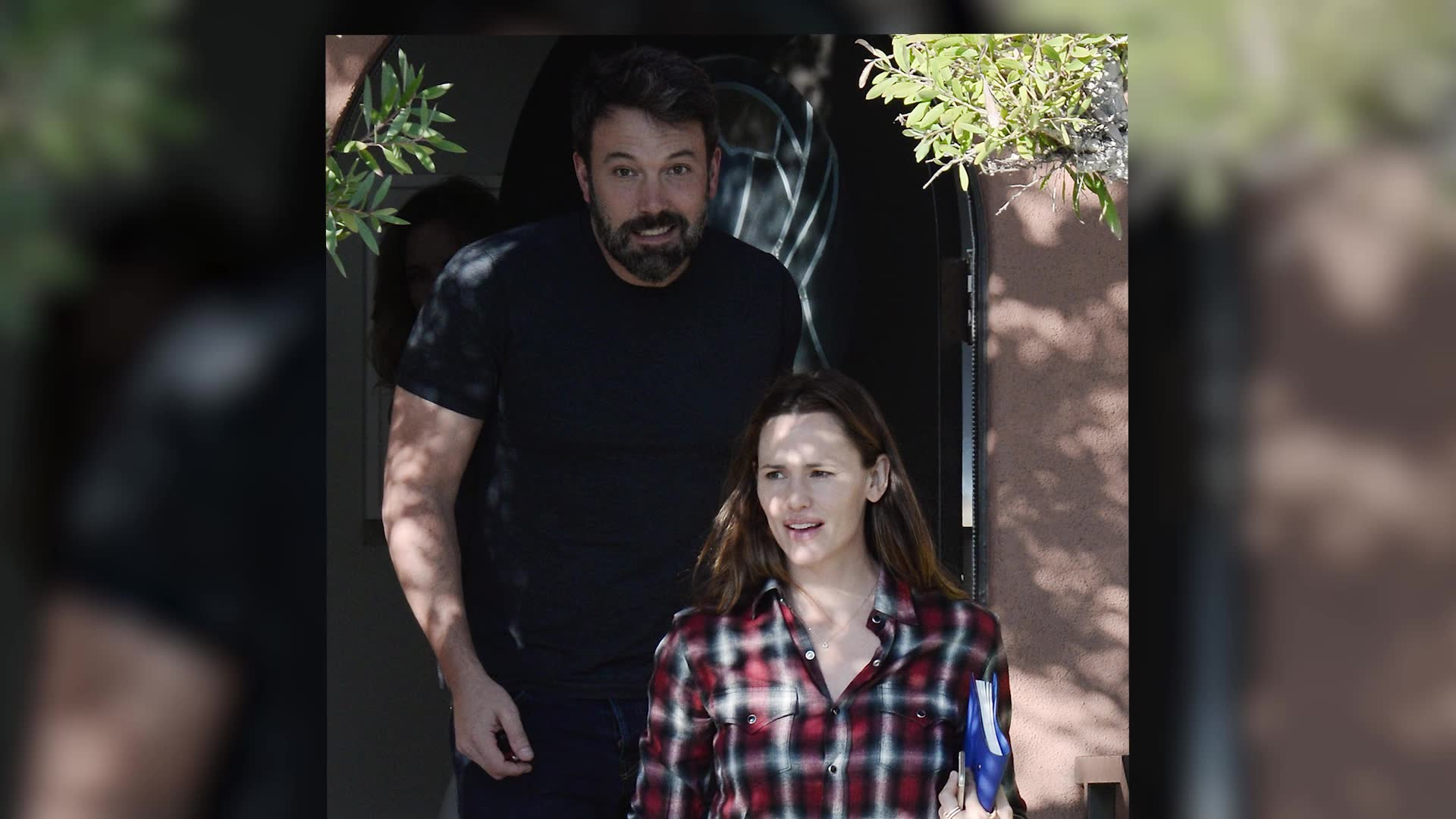 Ben Affleck and Jennifer Garner Happily Attend Family Counseling