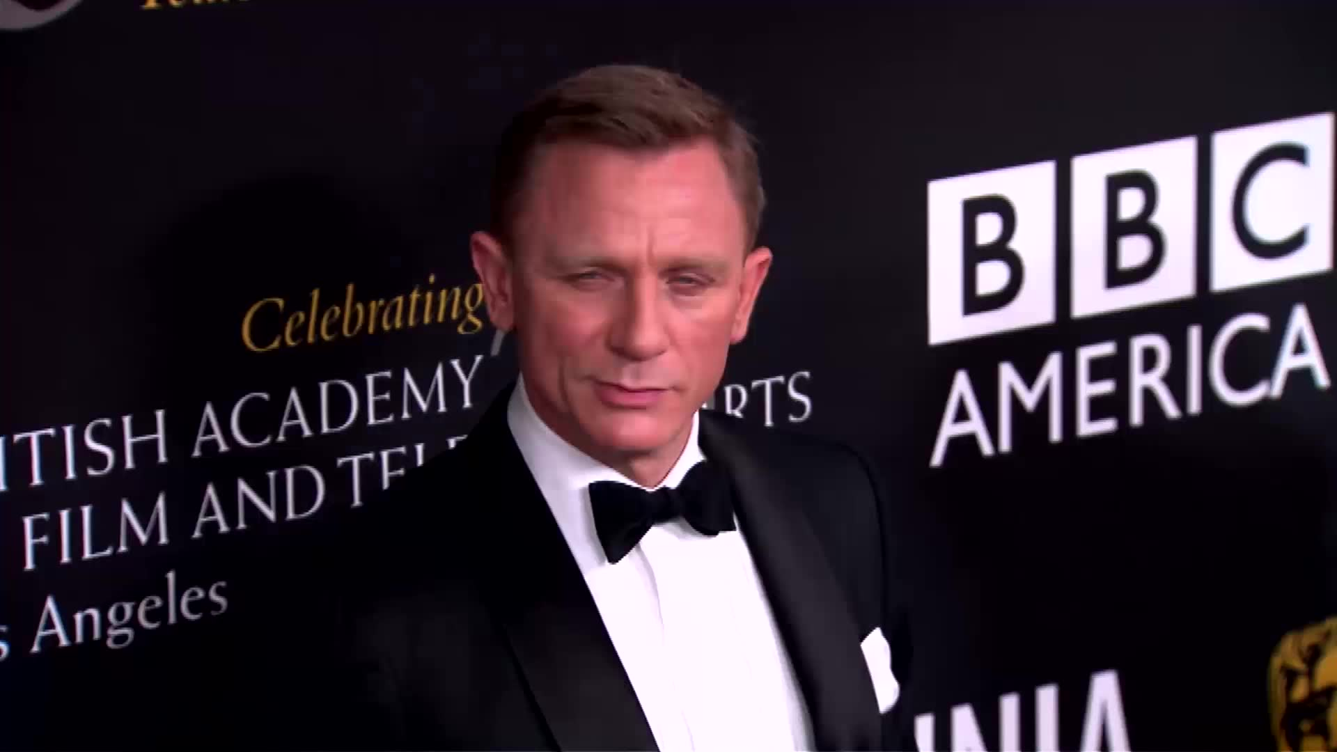 Daniel Craig Would Rather Slit His Wrists Than Continue in Bond Franchise