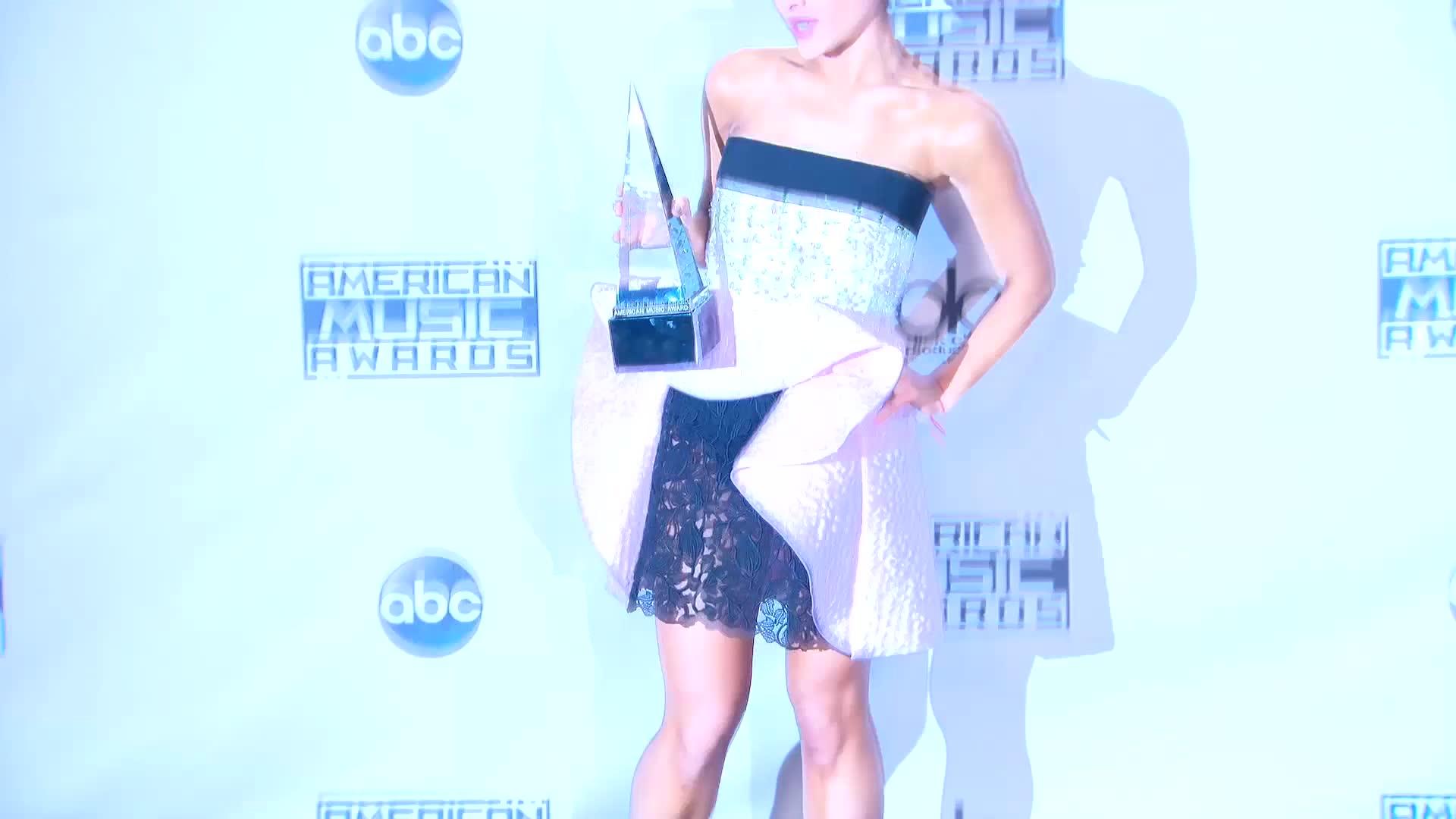 Ariana Grande's Award Show Fever