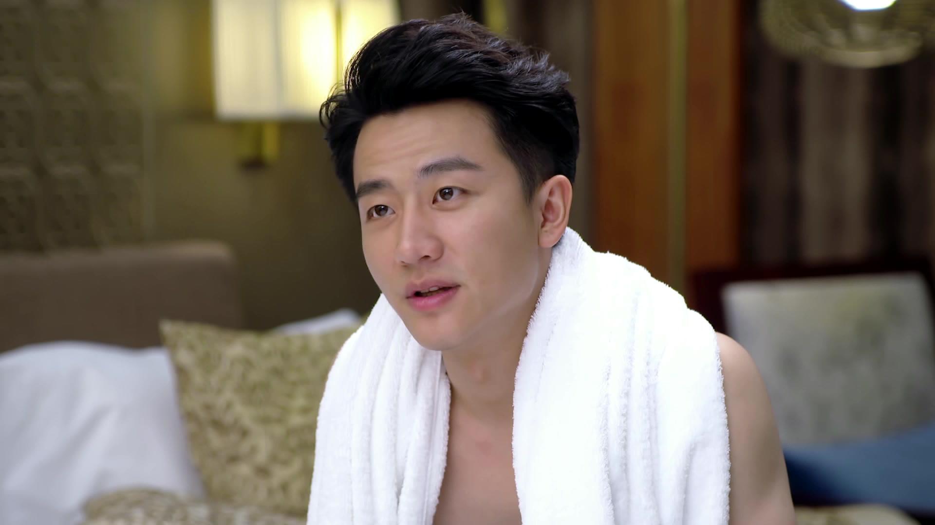 Yang Mi's Close Encounter with Huang Xuan's Body: The Interpreter