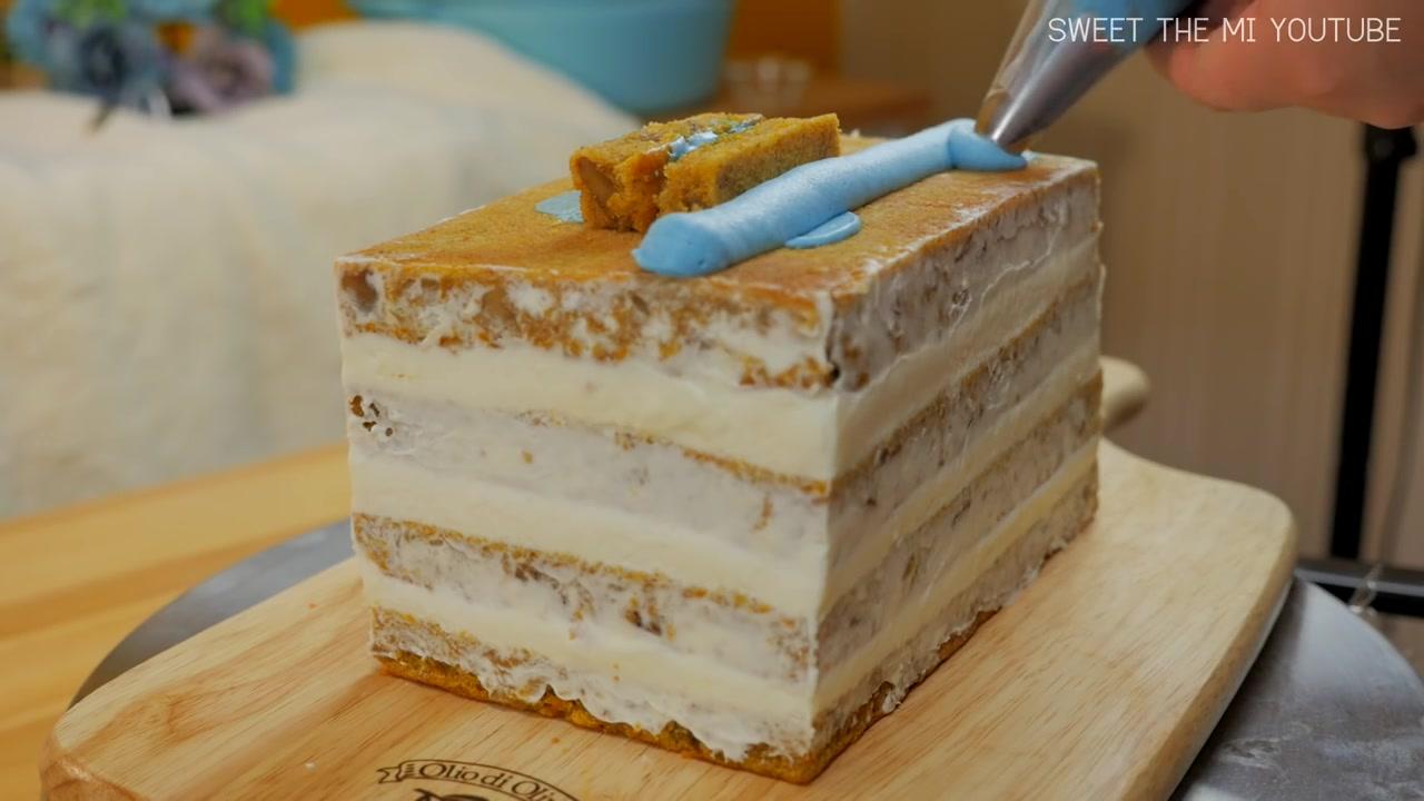 SweetTheMI Episode 7: FOOD VIDEO: 'Tayo the Little Bus' Cake (Carrot Cake)