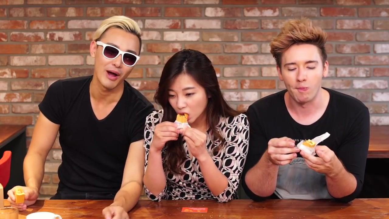BapMokja and Haeppy Episode 8: Taiwanese Snacks Taste Test