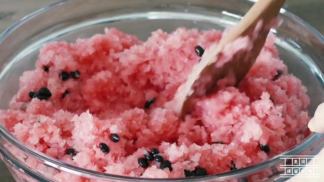 Cho's Daily Cook Episode 9: Watermelon Sherbet Dessert