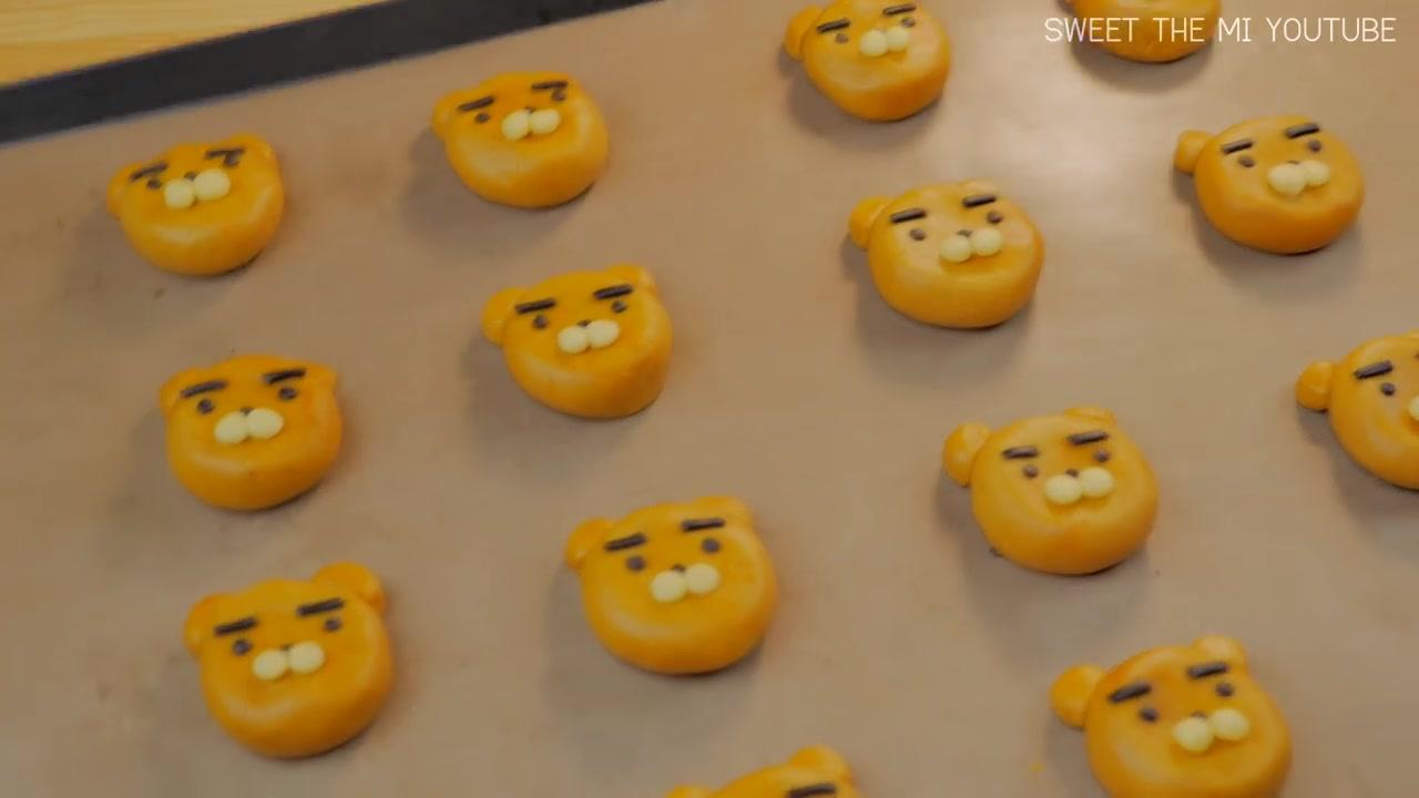 Sweet The MI Episode 11: FOOD VIDEO: Ryan Cookies (Kakao Friends)