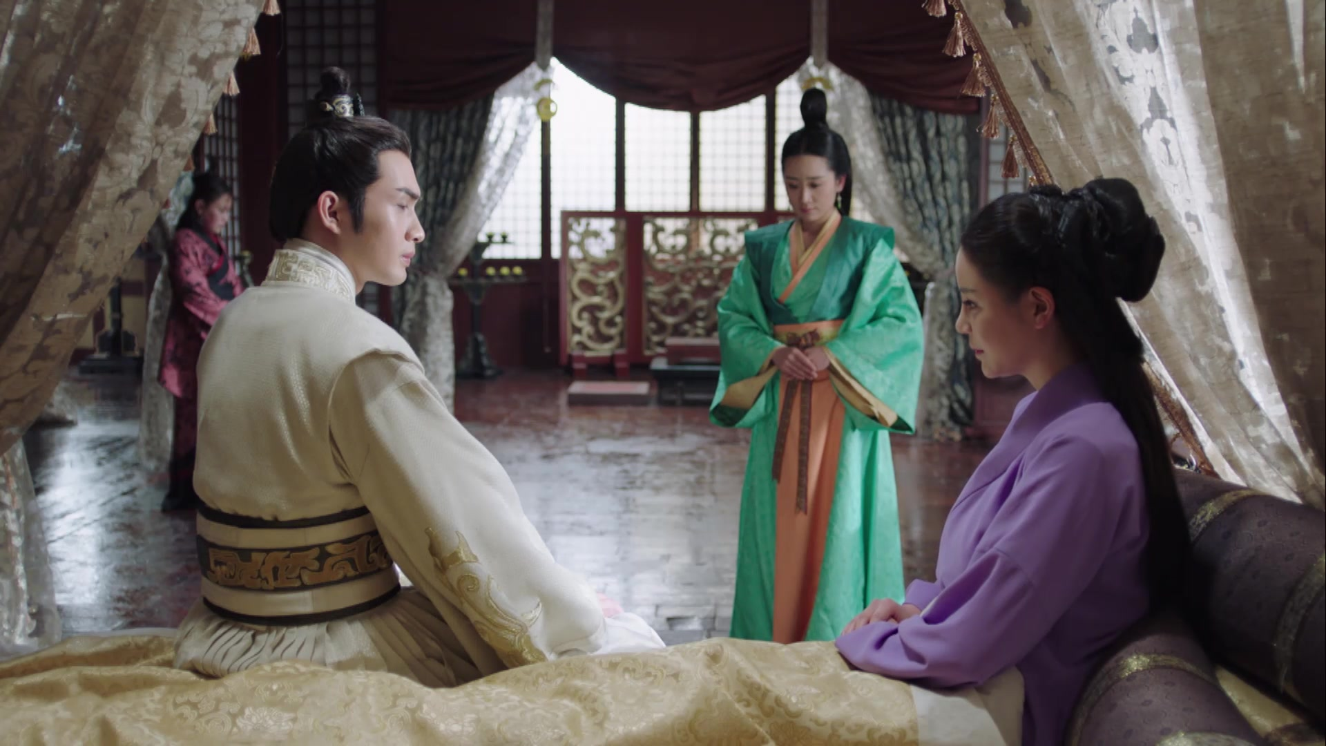 The King's Woman Episode 33