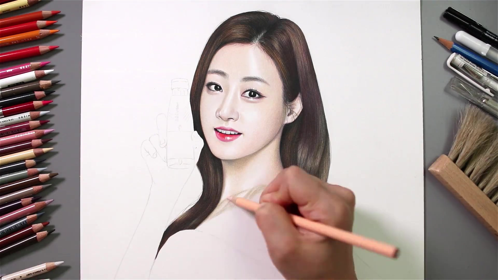Drawing Hands Episode 51: Speed Drawing Kang Sora of Miero Fiber CF