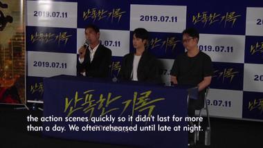 Showbiz Korea Episode 2185: Ryu Deok-hwan(류덕환)'s Interview for the movie 'Fist & Furious(난폭한 기록)'