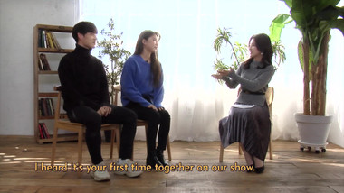 Showbiz Korea Episode 2331: Yong-suk(용석, CROSS GENE) & Na-young(나영, gugudan)! Interview for the play 'Why Did You Come to My House(우리집에 왜 왔니)'