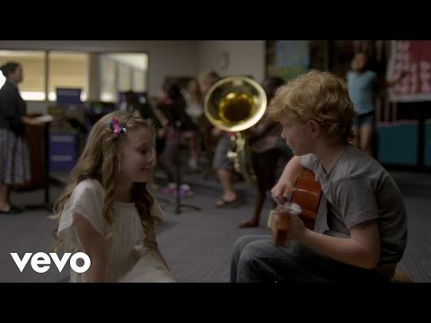 Taylor Swift: Everything Has Changed (ft. Ed Sheeran)